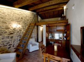 Borgotufi Albergo Diffuso, Castel del Giudice