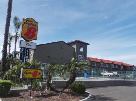 Super 8 by Wyndham San Diego/Imperial Beach, Imperial Beach