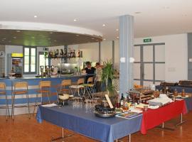 Holiday Home Bosco della Bella.1, Ponte Cremenaga (Termine yakınında)