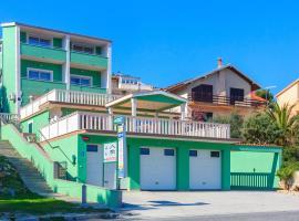 Villa Drago, Марина