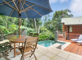 Wanggulay Treetops Luxury Cairns City, Caravonica (Redlynch yakınında)