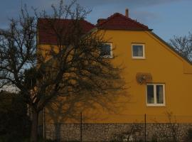 Apartment Nad Punkvou, Těchov
