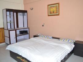 Ouaga Beach Hotel, Ouagadougou (Kankamsen yakınında)