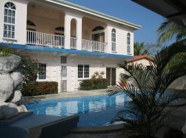 Villa San Juan, Belmopan (Roaring Creek yakınında)