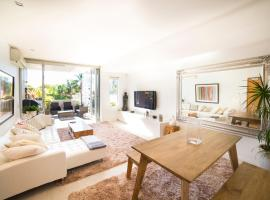 Bellevue Hill Designer - A Bondi Beach Holiday Home