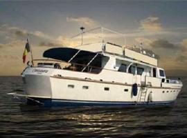 Centaura Yacht Classique, Saint-Tropez