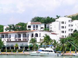 Marina Hotel & Resort
