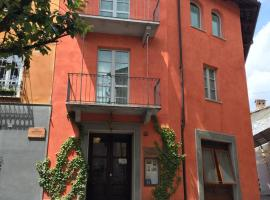 Hotel Castelbourg, Neive