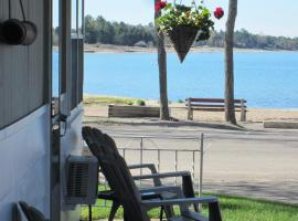 Balm Beach Resort and Motel, Balm Beach
