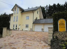 Gästehaus Dobias, Kelberg (Mosbruch yakınında)
