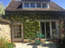 Rostis Cottage, Bourron-Marlotte (рядом с городом Montigny-sur-Loing)
