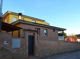 Casa Dobón, Castralvo