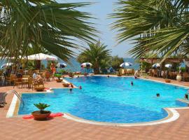 Hotel Oasis, Кипарисия