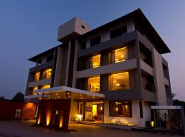 Hotel Lemongrass, Kudal