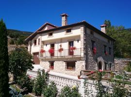 Casa Rural Torres, Valdenoceda (Bisjueces yakınında)