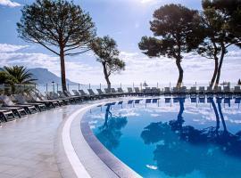 Hôtel Vacances Bleues Delcloy, Saint-Jean-Cap-Ferrat