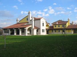 Depandance Del Carso, Aurisina (Santa Croce Mare yakınında)