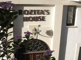 Rozita's Studios, Larnaka (Scala yakınında)
