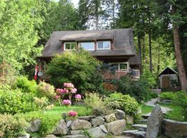 Henderson Beach Guest House, Roberts Creek