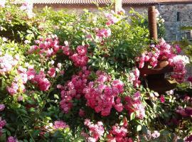 The Roses House, Minucciano (Pugliano yakınında)
