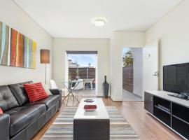 Glebe Self-Contained Modern One-Bedroom Apartment (2COW), Sidney (Glebe yakınında)