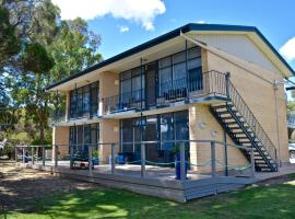 Longbeach Apartments, Coffin Bay