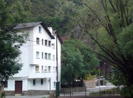 Hotel Peralba, Aixovall