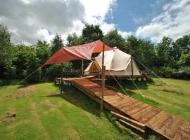 Enchanting Glamping - Bell Tent, Knockaderry Cross Roads