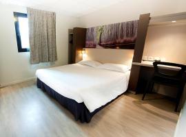 Hotel The Originals Clermont-Ferrand Sud (ex P'tit-Dej Hotel)