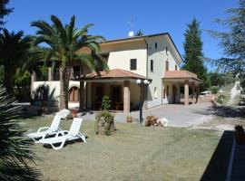 Il Gheriglio, Torano Nuovo (Nereto yakınında)