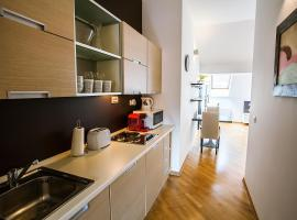 Sunny Apartment In Prague Center