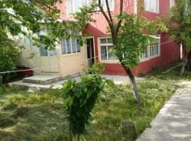 Mustafayevs Home, İkinci Nügǝdi (Yukhary Dzhalgan yakınında)
