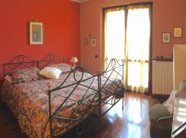 Ca' Rosa Bed & Breakfast, Malnate (Venegono Superiore yakınında)