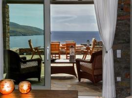 Stone Villa with Sea View, Koundouros