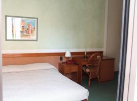 Hotel alla Grotta, Lazise