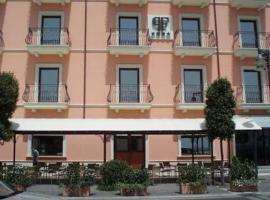 Palazzo Foti Hotel, Crotone