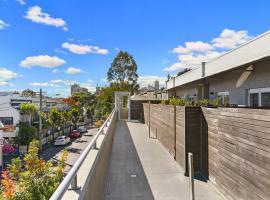 Glebe Self-Contained Modern One-Bedroom Apartment (8 COW), Sidney (Glebe yakınında)