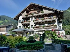 Ferienhotel Neuwirt, Hippach (Schwendau yakınında)