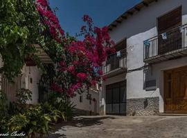 Casa Los Pianos, Yátor