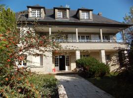 La Grande Maison a Bleneau, Блено