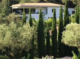 Villa Canadeau, Ле-Кастелле (рядом с городом Le Plan)
