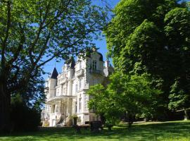 Appartement au Château Bouvet Ladubay, Сент-Илер