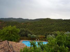 Masia Massanes, La Baronia de Rialb (Montmagastre yakınında)