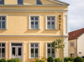 Hotel Mecklenburger Hof Gnoien, Gnoien (Nehringen yakınında)