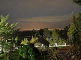 Raffles Villa, Kaliurang (рядом с городом Bedoyo)