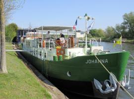 B&B Barge Johanna