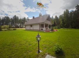 Beautiful Villa for Family/couples, Molėtai