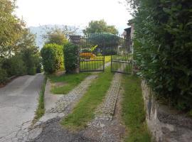 Il Castagneto, Marone (Zone yakınında)