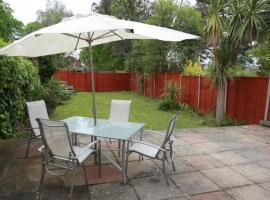 Bournemouth Holiday Home, Southbourne (Hurn yakınında)