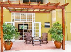 Sky View Guest Apartments, Kingston (Hope yakınında)